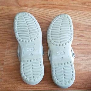 CROCS Shoes - Ladies sz 11 crocs